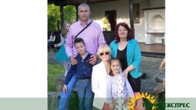 """Photo of РАВНОСМЕТКА 2018: Розалина Русенова – """" Мисля, че съм щастлив човек – както със семейството си, така и с работата си."""""""