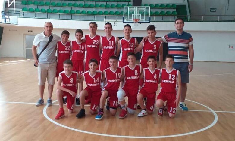 14-годишните троянски баскетболисти с нов рекорд