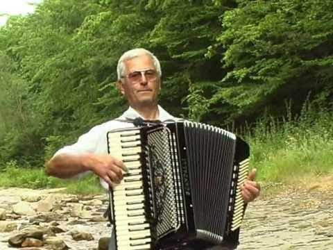 Почина акордеонистът Михаил Бъжев
