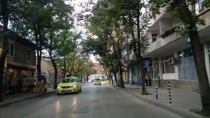 Започна работа по подмяна на тротоарите по троянски улици