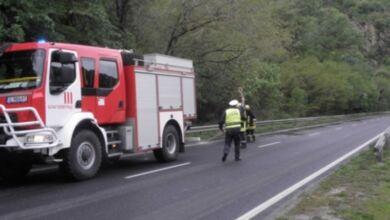 Photo of Разлята нафта по пътя Априлци  –  Дебнево