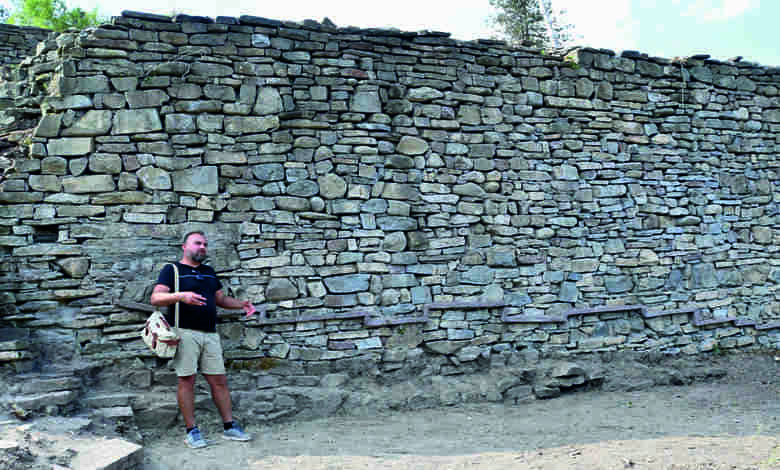 Археолози разгадават тайните на хълма калето при село Дебнево, община Троян - 2